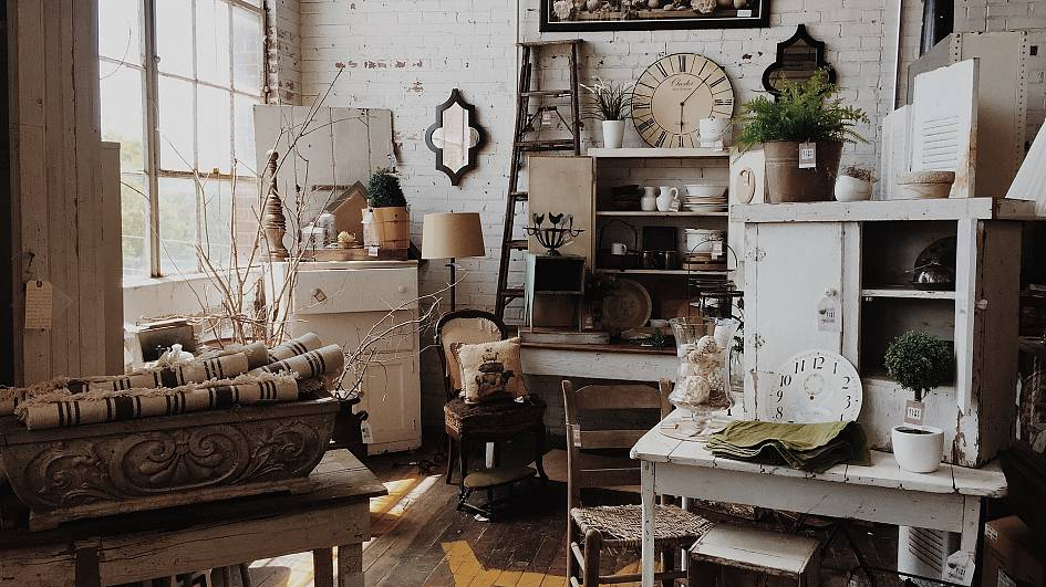 9 Vintage Furniture Instagrams For Some Serious Home