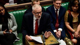 Újabb brit fordulat: mégis lehetnek előrehozott választások