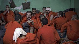 IŞİD militanlarının Suriye'nin kuzeyinde tutulduğu bir hapishane