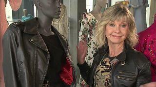 "Olivia Newton-John (71) versteigert ihr ""Grease""-Outfit"