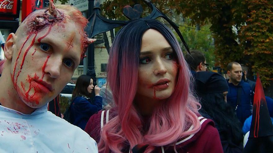 Ijesztő zombik lepték el Kijevet