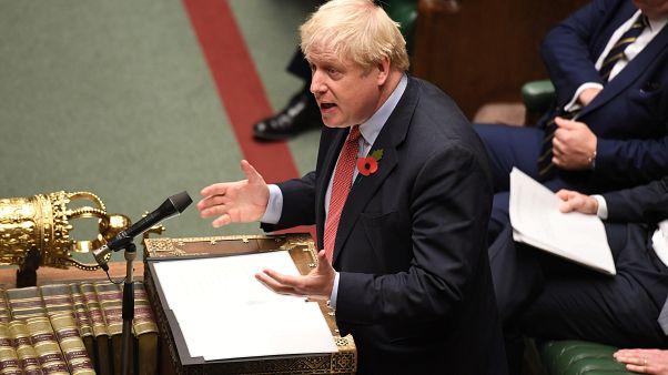 Les députés britanniques approuvent la tenue de législatives le 12 décembre