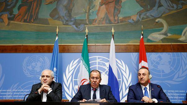 دیدار وزرای خارجه ایران، روسیه و ترکیه یک روز پیش از نشست قانون اساسی سوریه