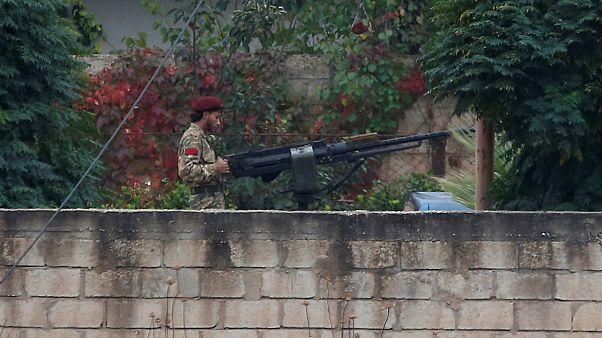 Los combatientes kurdos se retiran de la frontera turca antes de lo previsto, según Rusia