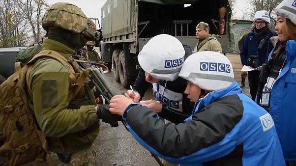Ucrania y los separatistas prorrusos comienzan la retirada de tropas