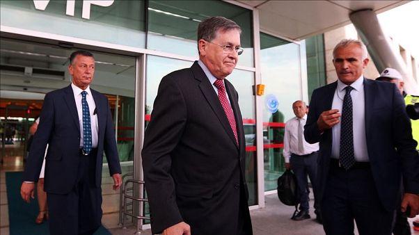 دیوید ساترفیلد در فرودگاه آنکارا