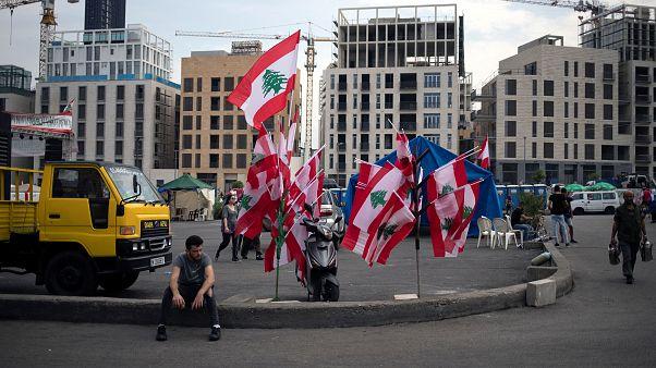 Lübnan'da son durum: Cumhurbaşkanı Hariri'nin istifasını kabul etti, kabine göreve devam edecek