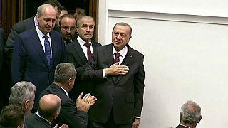 Erdogan szerint nem,  Moszkva szerint kivonultak a határ közeléből a szíriai kurdok