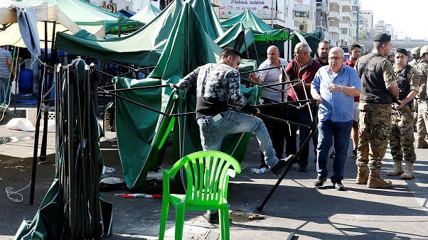 Демонстранты убирают палатки в центре Бейрута