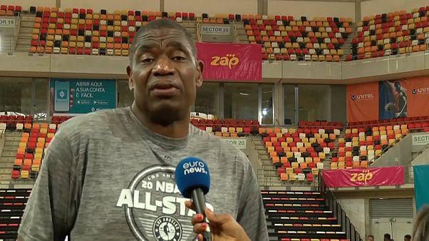 Antiga estrela da NBA luta contra o Ébola