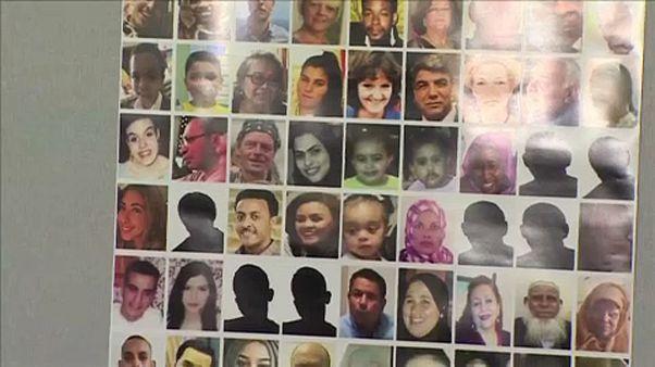 A Grenfell-tűz áldozatainak rokonai a jelentés elkészülte után is kérdéseket vetnek fel