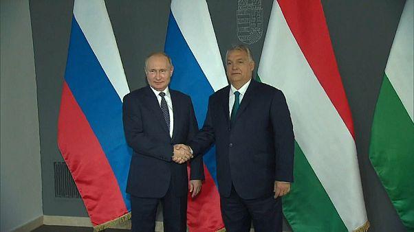 Орбан принимает Путина