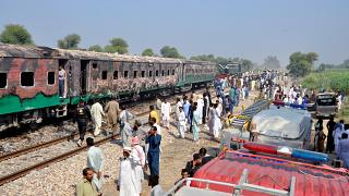 Cooking accident triggers train fire in Pakistan, killing dozens