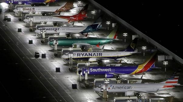 """وقف تحليق نحو خمسين من طائرات """"بوينغ 37 ان جي"""" بعد اكتشاف تشققات في هياكلها"""
