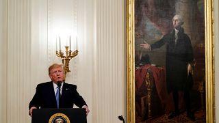 Trump'ın Suriye petrolünü satması savaş suçu olur mu?