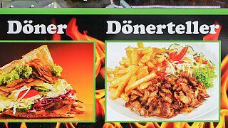 Almanya'da bazı kebapçıların döner kelimesini kullanması yasaklandı