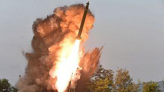 کرهشمالی دو «پرتابه ناشناس» را شلیک کرد