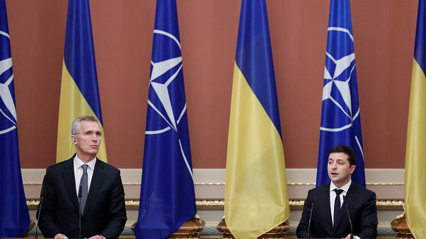 Ζελένσκι: Αποσύρει και άλλα στρατεύματα από την Αν. Ουκρανία
