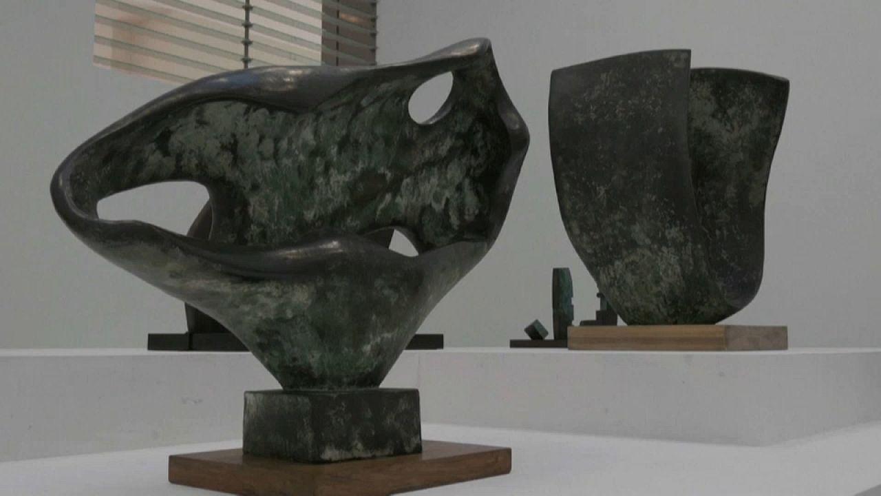 Parigi celebra Barbara Hepworth, la scultrice del Modernismo