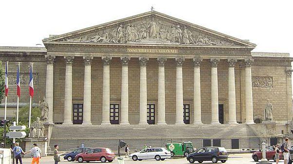 اعتراض شدید ترکیه به مصوبۀ پارلمان فرانسه در محکوم کردن حمله به کُردهای سوریه