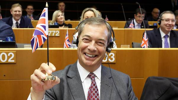 L'europhobe Nigel Farage appelle à une alliance des pro-Brexit