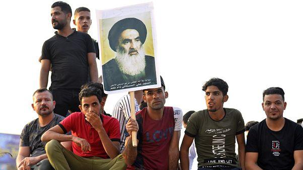 سیستانی به قدرتهای خارجی: نباید تفکرتان را بر معترضان عراقی تحمیل کنید