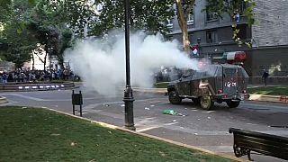 ویدئوهای برگزیده هفته: از درگیریهای عراق و شیلی تا آتش سوزیهای کالیفرنیا و پاکستان