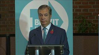Trump örülne Boris Johnson és Nigel Farage szövetségének