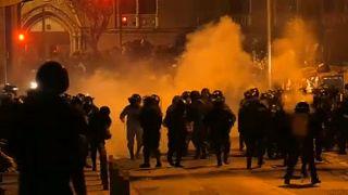 Összecsapásokba torkollott a tüntetés Bolívia fővárosában