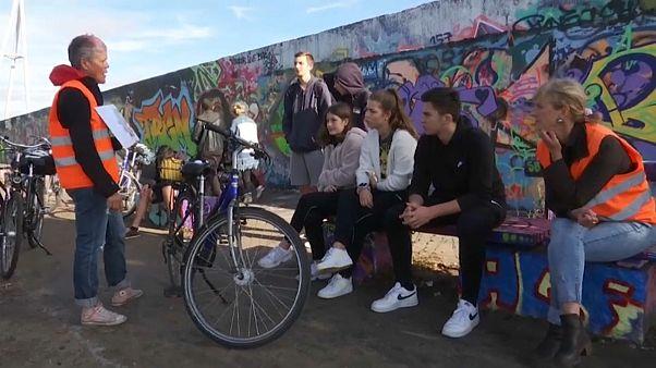 Βόλτα με το ποδήλατο στο Τείχος του Βερολίνου