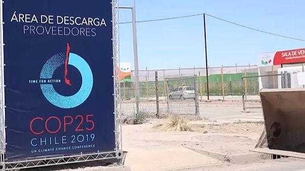 """Após renuncia do Chile, cimeira do Clima """"muda-se"""" para Madrid"""