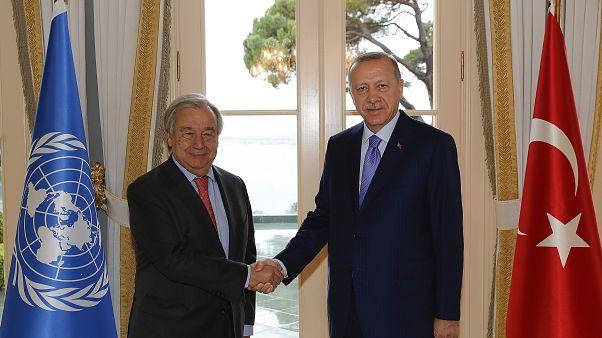 Cumhurbaşkanı Recep Tayyip Erdoğan, Vahdettin Köşkü'nde Birleşmiş Milletler Genel Sekreteri Antonio Guterres ile görüştü