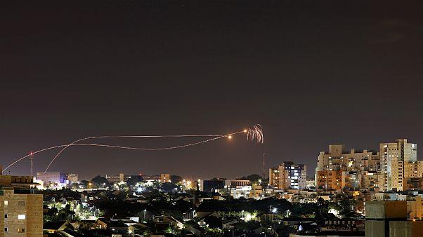 اسرائیل به دنبال پرتاب راکت از نوار غزه «مواضع حماس» را بمباران کرد