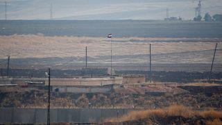 Suriye'de savaş nedeniyle başta elektrik olmak üzere altyapı büyük zarar gördü.
