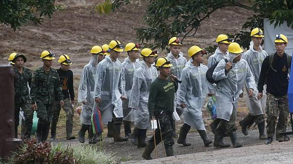 Rescuers near Thai cave complex in July 2018.