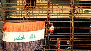 Bush'a ayakkabı fırlatan gazeteci Irak gösterilerinde ön safta