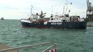 Ιταλία: «Έδεσαν» δύο πλοία με 239 πρόσφυγες και μετανάστες