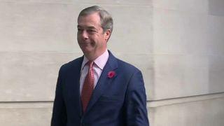 Великобритания: Фараж против Джонсона