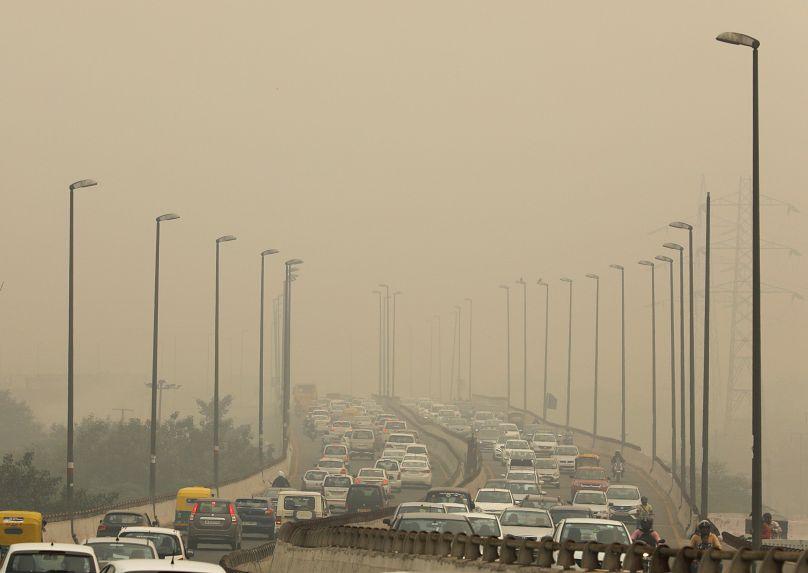 India: scuole chiuse a Delhi per emergenza inquinamento