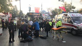 Beşiktaş'ta otobüsüyle durağa dalarak 13 kişiyi yaralayan bıçaklı sürücü denize atladı