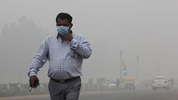 Nueva Delhi lucha por respirar