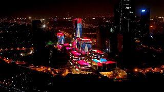 Çin İthalat Fuarı'nda göz kamaştıran ışık gösterisi