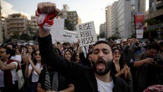 Poursuivre le mouvement ou soutenir le président Aoun, le Liban est divisé