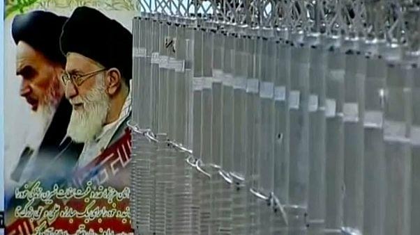 Iran: migliaia di persone in piazza nell'anniversario della crisi diplomatica con gli USA