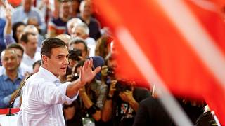 Pedro Sánchez ügyvezető kormányfő a sevillai kampánynyitón
