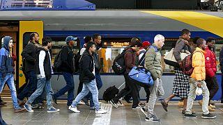 20 yıl içinde Almanya nüfusunun 3'te biri göçmen veya göçmen kökenli olacak