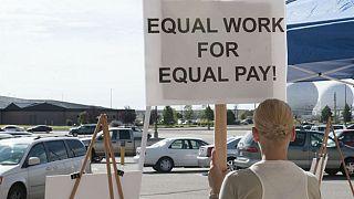 تفاوت دستمزد زنان و مردان در کشورهای عضو اتحادیه اروپا چقدر است؟