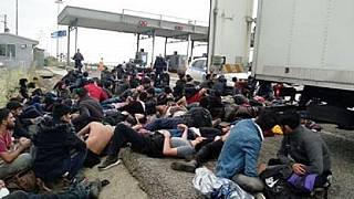 Φορτηγό - ψυγείο με 40 μετανάστες στα διόδια της Ξάνθης
