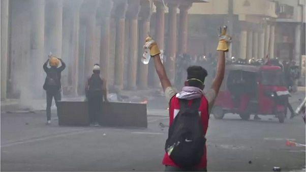 اعتراضهای خونین در عراق؛ «۵ نفر در بغداد با گلوله واقعی کشته شدند»
