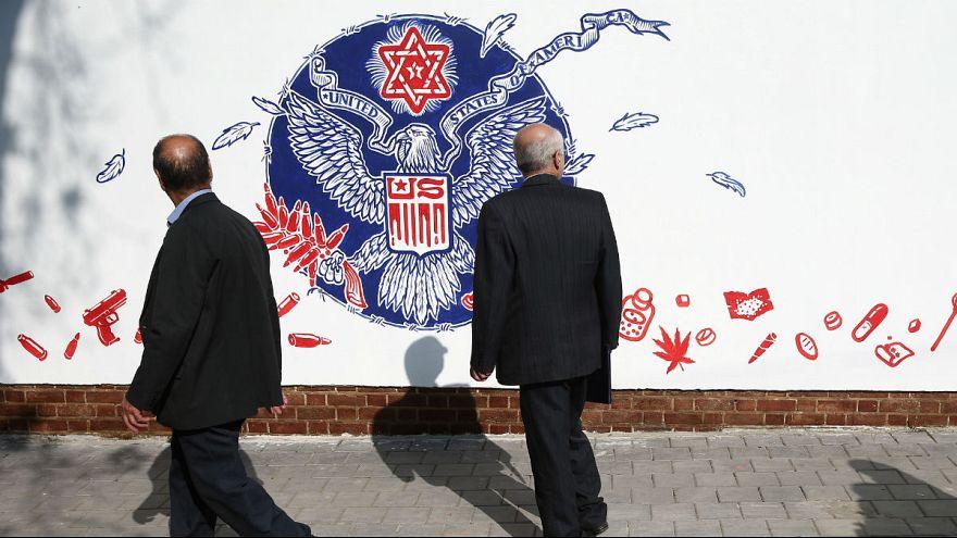 گزارش یورونیوز از تهران؛ آیا در ایران همه از اشغال سفارت آمریکا پشیمان هستند؟